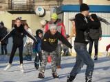 Częstochowa: Ślizgawka Miejska pełna amatorów zimowego szaleństwa [ZDJĘCIA]