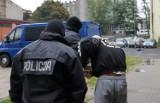 Policja rozbiła bojówkę GKS Bełchatów. Handlowali narkotykami na dużą skalę[zdjęcia]