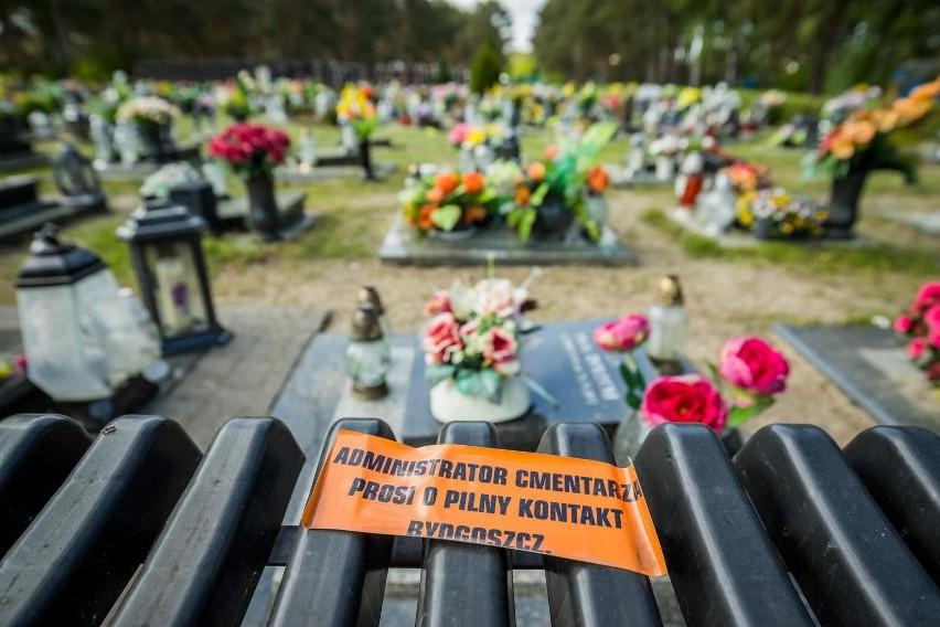 - Jeszcze nie mogę się uspokoić. Pojechałam na cmentarz przy...