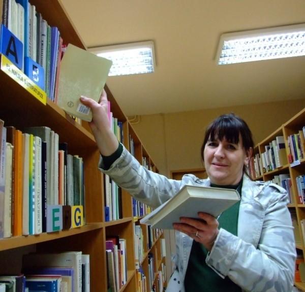 Pracownicy biblioteki sami przeprowadzili remont.