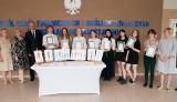 Rozstrzygnięto konkurs na uniformy pracowników hotelu Mercure. Projekty wykonali uczniowie ZSTiOI w Białymstoku