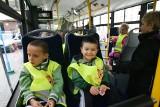 Karta ŚKUP dla uczniów to darmowe autobusy, tramwaje i trolejbusy dla dzieci. Czy trzeba ją wyrabiać? Termin został wydłużony