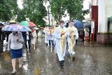 Niewodnica Kościelna. Na uroczystości odpustowe ku czci św. Antoniego przybyli wierni z całej archidiecezji (zdjęcia)