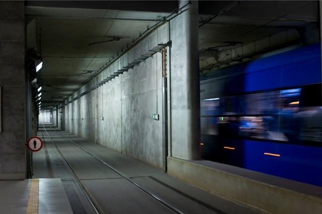 Na razie pod ziemią w Krakowie jeżdżą tylko tramwaje w tunelu pod Dworcem Głównym