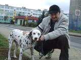 Gdy pies zgubi się poza miastem, czip nie pomoże