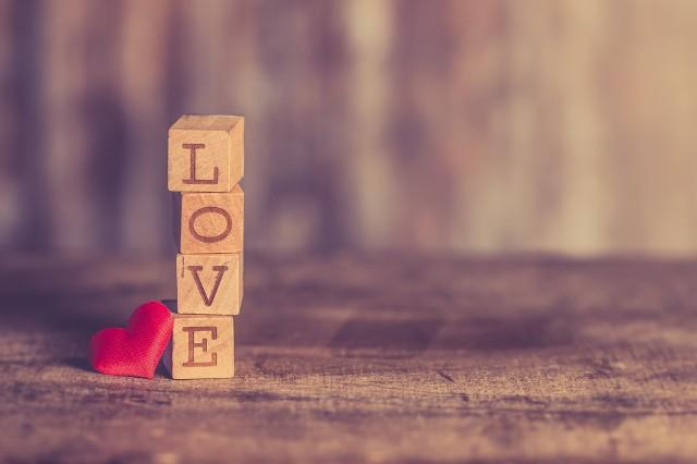 Wierszyki Na Walentynki 2018 Jakie życzenia Złożyć Dla Niej