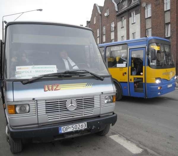 - Najlepiej dla pasażerów byłoby gdyby na poszczególne połączenia można było ogłaszać przetargi - twierdzi Andrzej Kasiura, członek zarządu województwa.