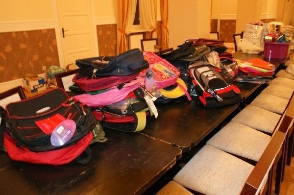 Zebrane przez członków Regia Civitas artykuły szkolne wkrótce trafią do dzieci powodzian z Podkarpackiego.