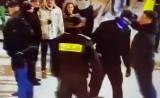 """Zakopane. Szokujące zachowanie policjanta. Na Krupówkach zaatakował """"z główki"""""""