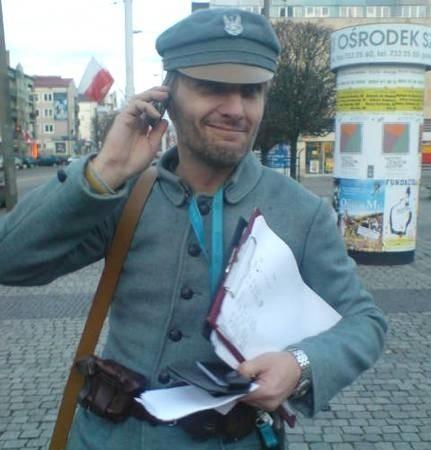 Legionista Cezary Żołyński, na co dzień aktor gorzowskiego teatru, będzie jednym z tych, którzy pójdą w marszu za marszałkiem.
