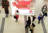 Nowe sklepy i wyprzedaże w galeriach handlowych