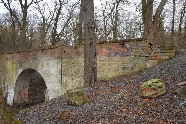 Zabytkowy akwedukt w Przemyślu jest jedynym takim obiektem w regionie.