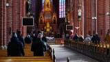 Wrocław: nie będzie dyspensy od mszy. Ale ci, którzy się boją mogą zostać w domu