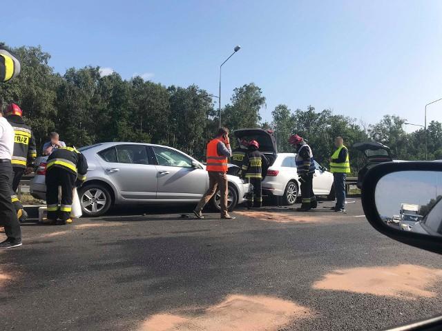 Karambol na A4 w Katowicach. Na autostradzie zderzyło się 7 samochodów