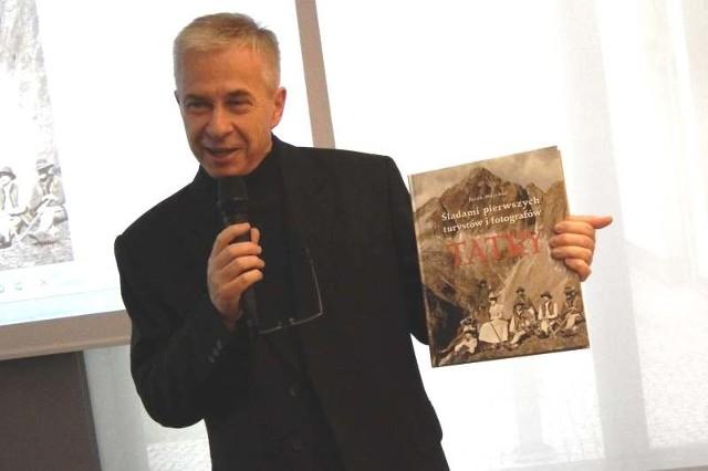 - Pokazuję góry, bo one po prostu są - mówił dziś Jarosław Majcher w Miejskiej Bibliotece Publicznej.