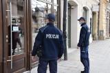 Kraków. Policyjne kontrole siłowni oraz restauracji. Efekt? Prokuratura zbada w sumie kilkanaście spraw
