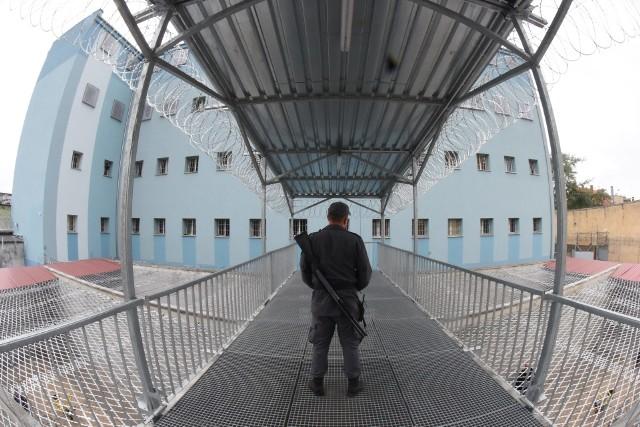Więzień uprawiał seks mimo zakazu?