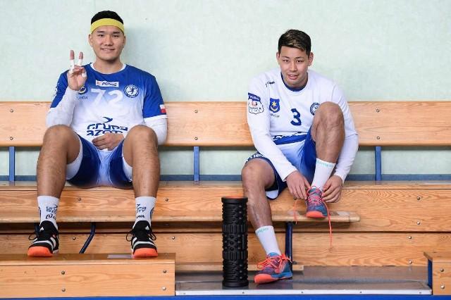 Shuichi Yoshida (z lewej) i Rennosuke Tokuda w barwach tarnowskiej drużyny