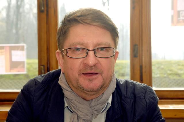 """57-letni Ryszard Majdzik, jeden z założycieli NSZZ """"Solidarność"""" Małopolska otrzyma 100 tys. zł zadośćuczynienia za 10 miesięcy internowania w stanie wojennym"""