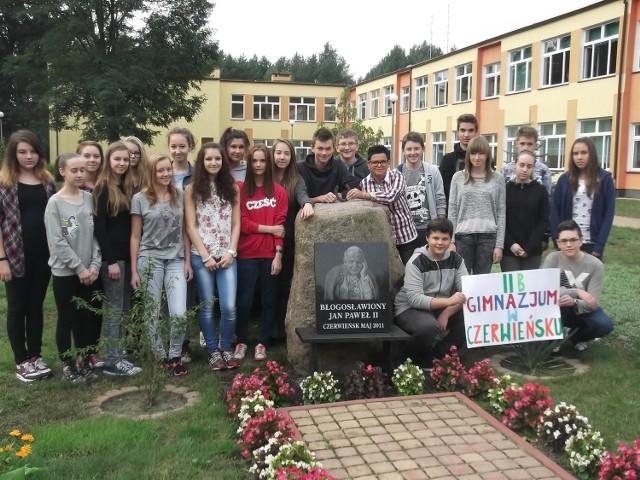 Klasa 2b Gimnazjum im. Jana Pawła II w Czerwieńsku zdobyła w finale maksymalną ilość punktów i od Czytelników, i od kapituły.