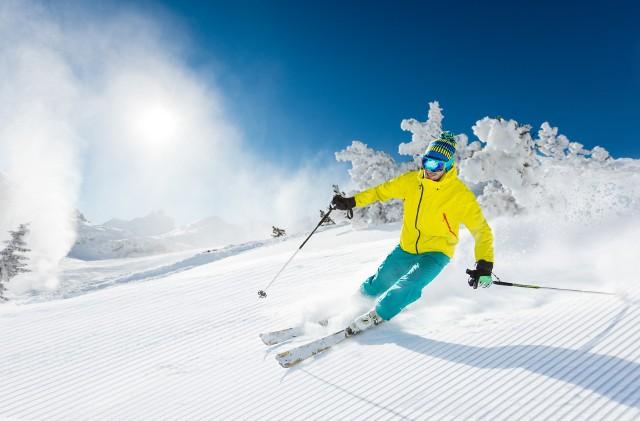 Średni koszt pobytu na nartach – 1439 zł – był tylko minimalnie wyższy od tego, jaki ponosili narciarze poprzedniej zimy.