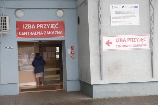 Groźny wirus z Chin. Koronawirus będzie badany na miejscu. Polska czeka na testy