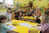 Przedszkola pomieszczą prawie wszystkich 3-latków