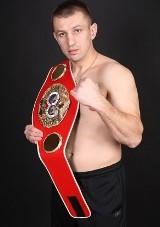 Tomasz Adamek pokonał Jasona Estradę. Werdykt krytykowany, szykuje się afera.