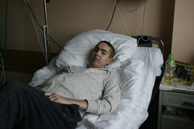 Konrad Krzemiński ma szansę za wyleczenie, ale terapia kosztuje około 1,3 mln zł. Na razie nie może liczyć na pomoc państwa