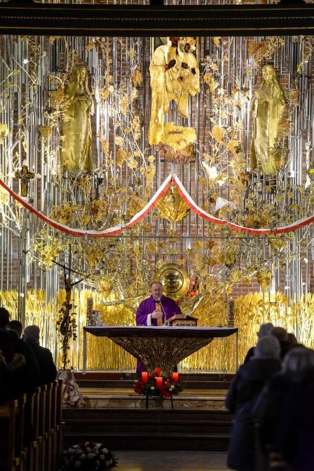 Msza św. w kościele św. Brygidy w Gdańsku w rocznicę wprowadzenia stanu wojennego