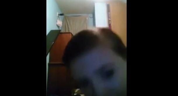 Kathelyn na jednym ze swoich filmów