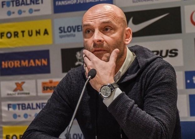 Adrian Gula jest cenionym trenerem za naszą południową granicą. Czy obejmie Jagiellonię?