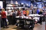 Noc Zakupów w Galerii Echo w Kielcach. Najazd klientów na centrum handlowe [WIDEO, zdjęcia]