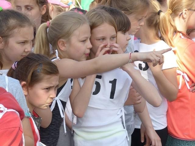 Biegaczom towarzyszył olbrzymi doping i zainteresowanie rywali.