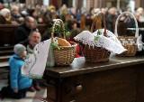 Do której ze święconką? GODZINY ŚWIĘCENIA POKARMÓW w kościele Do której święcenie jajek w Wielką Sobotę? 20.04.19