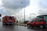 Pożar w Lęborku 10.09.2020. Palił się warsztat samochodowy przy ul. Cisowej. Gęsty, gryzący dym nad miastem. Zobacz zdjęcia