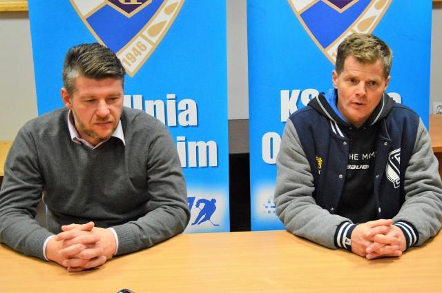 Witold Magiera (trener Unii, z lewej) i Robert Błażowski (II trener Automatyki Gdańsk)