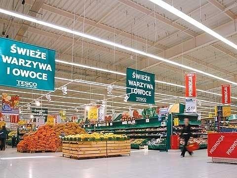 W sylwestra zakupy trzeba zrobić wcześniej, bo sklepy pracują krócej niż zwykle.