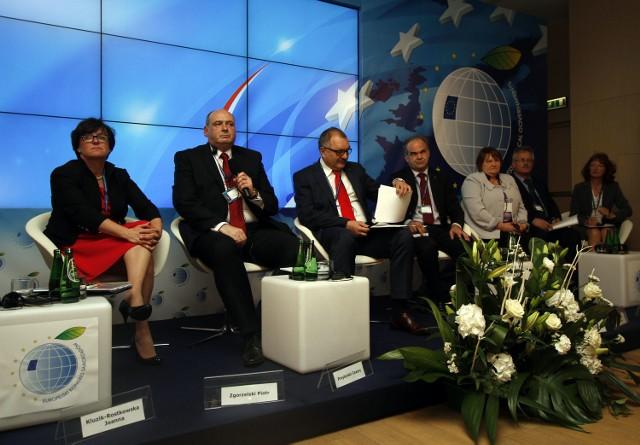 """Wczoraj dyskutowano o """"nowym otwarciu"""" Europy regionów"""