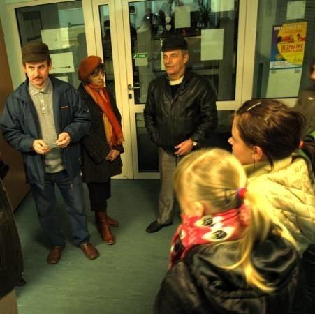 Około godz. 17.00 było już po wszystkim. Uczennice i rodzice opuszczali szpital.