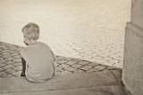 Pięciolatek błąkał się po ulicy Trzebnickiej. Jego matka zniknęła