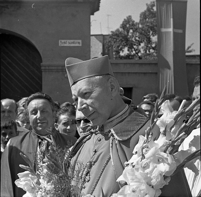 Prymas Polski przyjeżdżał na Opolszczyznę także po uwolnieniu z więzienia. Był w Opolu m.in. na obchodach tysiąclecia chrztu Polski w sierpniu 1966 roku.