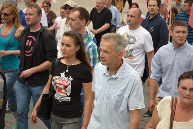 Marsz na Sejm. Antyrządowa demonstracja Ruchu Narodowego w Warszawie