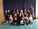 Halloween w kieleckiej szkole. Dzieci zamieniły się w potwory! [WIDEO]