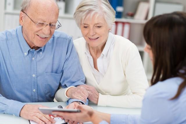 Nowelizacja ustawy o emeryturach i rentach z Funduszu Ubezpieczeń Społecznych przywróciła większą podstawę obliczenia emerytury