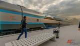 """PKP Intercity planuje zakup nowych piętrowych składów - wygodniejszych i szybszych. Szykuje się zastępstwo za pociąg """"Słoneczny""""?"""
