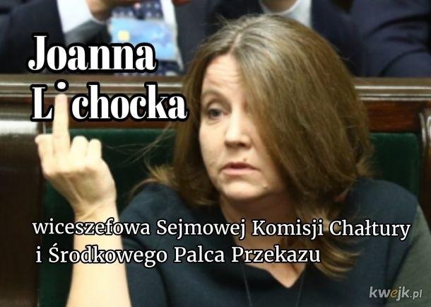 Joanna Lichocka powraca. Palec kultury zwyciężył. Zobacz memy