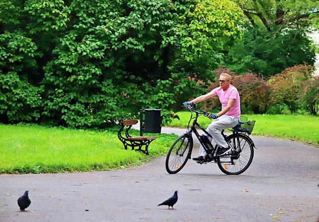 Rower elektryczny - dla kogo, za ile, na co uważać kupując - sprawdziliśmy.