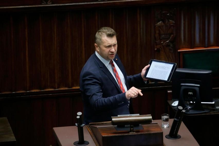 Opozycja pyta policję o wizytę Czarnka w szpitalu. Karczewski: Nie nastąpiło żadne naruszenie zasad