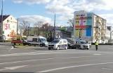 Słuczka w centrum Bydgoszczy. Samochód osobowy kontra radiowóz straży miejskiej